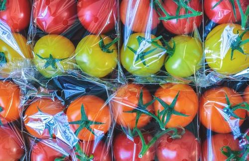 tomatoes packaged in plastic